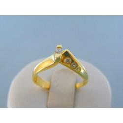 Zlatý dámsky prsteň žlté zlato jemné kamienky DP54290Z 14 karátov 585/1000 2.90g