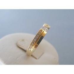 Zlatý dámsky prsteň žlté zlato zirkóny DP58244Z 14 karátov 585/1000 2.44g