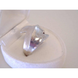 Jednoduchý dámsky strieborný prsteň VPS55483 925/1000 4,83 g
